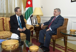 Secretary-General Ban Ki-moon meeting with H.E. Mr. Awn al-Khasawneh, Prime Minister of Jordan and Minister of Defence.