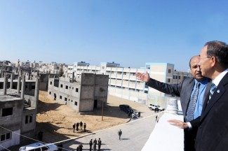 SG visits UNRWA in Gaza
