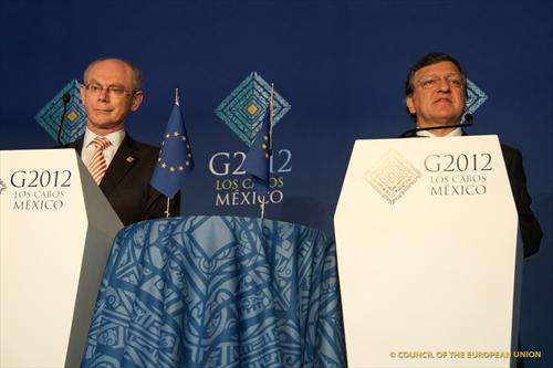 Rompuy-Barroso - source Europ council
