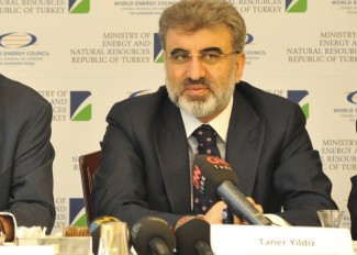 Taner Yldiz Energy Minister Turkey_Pierre Gadonneix Chairman_WEC_World Energy Leaders&#039; Summit_ 20 Aprill 2012_ Istanbul