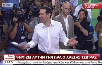 Tsipras voting - source MEGA TV