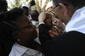 Angola polio medicine - source UN E. Schneider