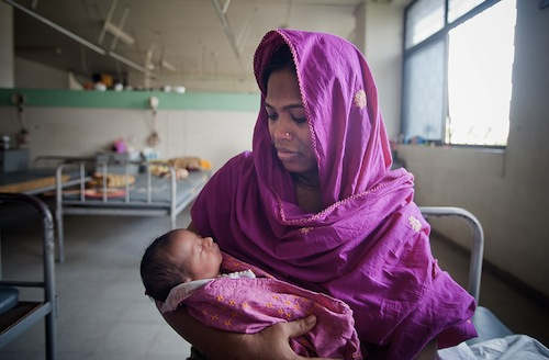 Mother and child Dhaka - UN