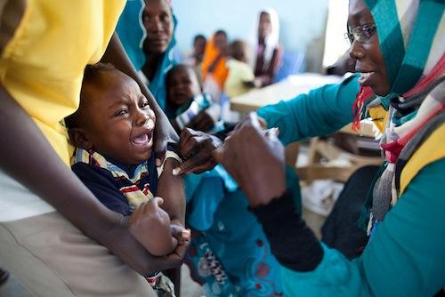 Child Darfur-mngitis-vacne