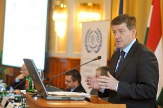01-21-2013guyryder