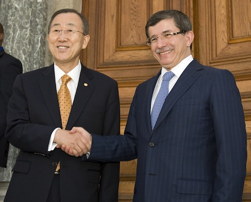 Secreatry-General Meets Foreign Minister of Turkey