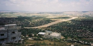 62523_The_wall_through_the_valley_west_of_Jayyus_village(1)
