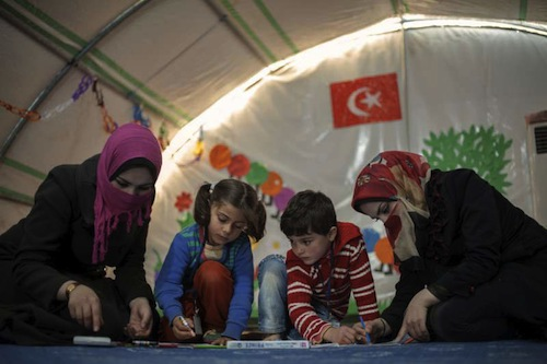 Children refugees Turkey - UNHCR