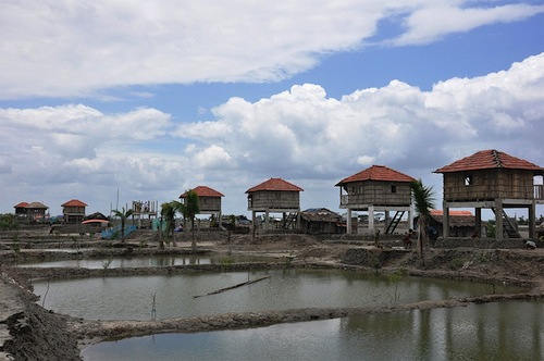 Bangladesh - disaster resilient village - UNDP