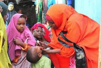 Unicef polio vaccination - UNICEF